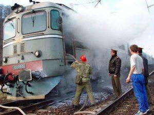 Incendiu la locomotiva unui tren
