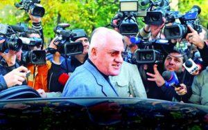 Mitica Dragomir a scapat de inchisoare